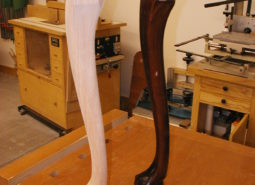 Ball & Claw Leg (reproduction)